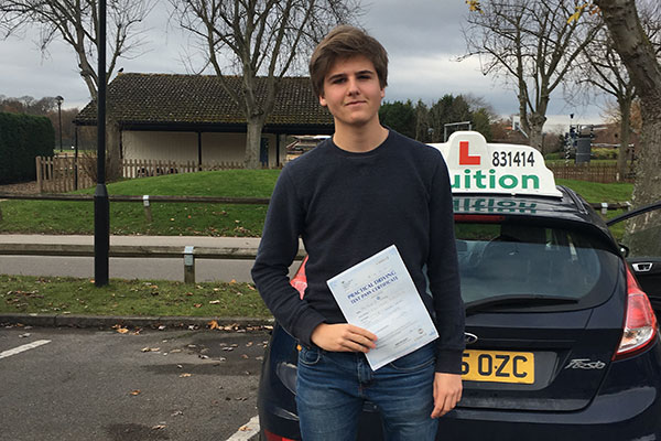 Axel driving lessons in Cobham